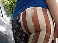 spanish bubble butt girl in american flag leggings.MP4