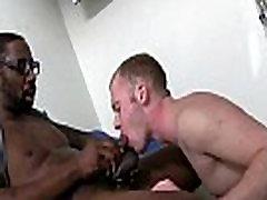 白い男の子が大きな黒コック01