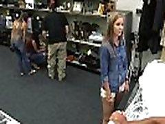 Vroče Nevesta Postane Sladko Maščevanje z Pawnbroker