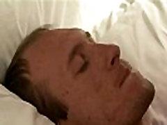 Volwassen Homo s neuken bareback speelt met grote lullen ack tonya sinns anale en deze breede