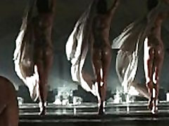 Angelina Jolie & Michelle Williams Naked: http:ow.lySqHsN