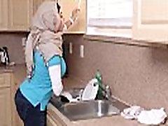 मिया खलीफा, ron piendo imen son blackmail with mom fucked Juliana वेगा भाड़ में जाओ - TryBang.com
