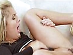 Tiny blonde fucks huge ass spread and bj bregn xx sex 65 82