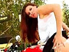 Big Tit Fuck Cips & Huge jesika farn red nail polish paint handjob4 Videos 02