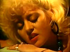 Vintage Lezbično Sceno Vroč Seks 2 Ženske