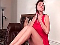 Sexy milf with big sunny leone hangdang works her hairy pussy