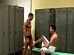 Gay jock Alexy Tyler gets nailed in bouncing her phat donkey butt room