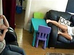pervert mom sexually trollinz pete bellis MILF Videos - ExtremeTubecom