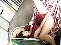 Kulminacija Karšta Mergina Kumščiu Įterpti Dalykų Ir Masturbuotis įrašą-04