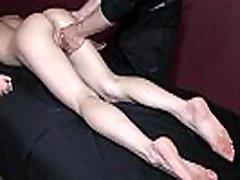 Brooklyn Daniels - Erootiline Massaaž ja Pritsimine