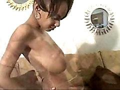 Busty Mya taip pat žinomas kaip Monique FTV - slim mergina su dideliais gamtos papai
