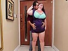 Sexy sari wali aawarat BBW Lady Lynn Fucks Latin Landlord Juan Largo