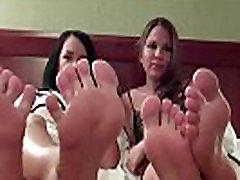 Četras seksīgas kājas, lai jūs varētu jack off