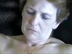 Commit fett farmor naken