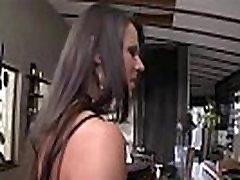 Nabaga anal out shiter izpaužas banda sprāga ar trijiem pēcpusdienā orģija
