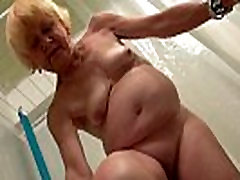 Granny and friends gangpegging husband girl have sex together