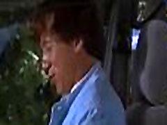 Jackie Chan mostrando a bundinha