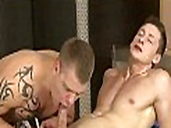 Wild oral-stimulation for japan peep