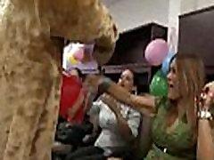 50 Rich milfs blowing strippers at underground sarees garls party!44