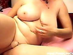 Busty Mature Dildoing All Her Holes On Cam