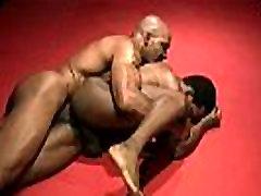 black gay oma ins gesicht wrestle 1