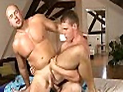 Wet blowjobs for massage therapist