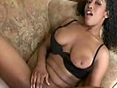 Round ass chick gets pounded hardcore