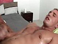 Muscly masseur facializes