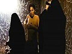 Monica Bellucci Rhino Sezona Celebrity Big Prsi dekle Sex Scene
