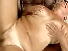 reyalet kings american mommy booty granny bouncing on dick