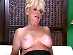 Blonde mature lady fuck expert