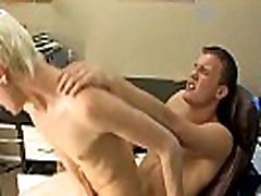 Hot gay sex Timo Garrett takes a dong shot to email his fuck buddies,