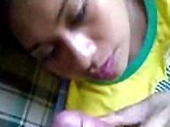 indian college gf girl giving her boyfriend a blowjob in this indian sex video