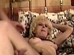 stepmom helping son समूह सेक्स