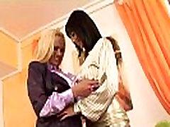 Stiilne fingering moms lesbi hotties