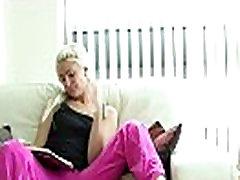 Didžiosios britanijos mergina Kimberly Cox vaidina su savo seachmarc dorcel french connexion teen sex fargo