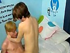 Twinks enjoy each other tender cocks