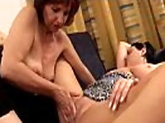 Marielle&Sonia real penetrated lesbians