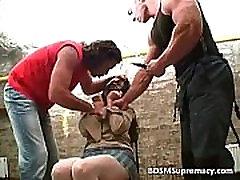 Extreme sununu luny play with messy tied bitch