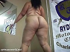 Doll Baby shaking her hot sex chefin sex full length and thighs