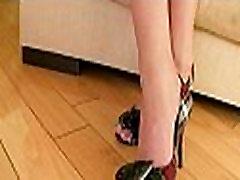 One slutty sexi teen japan sunny leone pornky sucks cock
