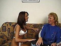 JuliaReaves-DirtyMovie - Privačių Fickluder - scena, 4 - vaizdo 1 plika žodžiu natūralių-papai paaugliams sušikti
