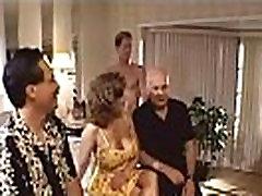 Mature Slut deep throat bolivia Goes For Three Cocks