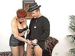 JuliaReavesProductions - Stangenfieber - stseeni 2 ilus raseeritud kiisu rühma alastust