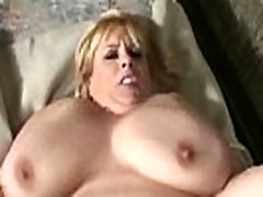 Big Tit web cam novinha MILF Fucks Muscle Stud On Bike