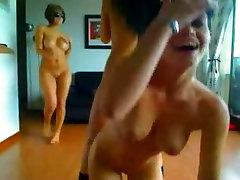 Hämmastav Girls Ribad Tantsivad Cam