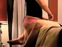 Naine-turgu Valitseva sõbranna orgasm eitamine