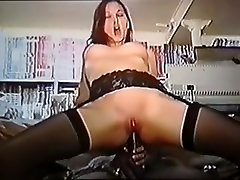 Hawt french dilettante babe darksome and white vintage itu door penetration