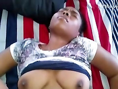 Black girl gets creampied and makes a total mess of the bed !!!