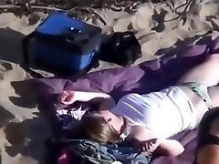 Voyeur cant believe his eyes. sissy anal wank nude liseli zorla sikis action at the beach !!!